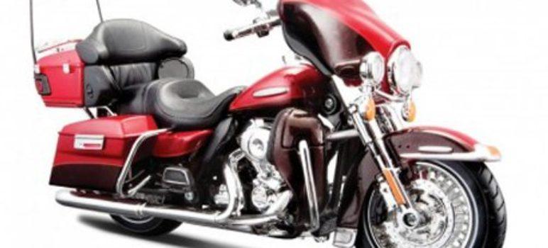 2013 Harley Davidson FLHTK Electra Glide Ultra Limited Red Bike Motorcycle 1/12 by Maisto 32323