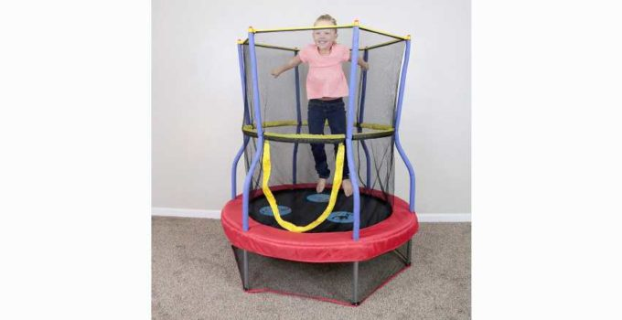 Skywalker Trampolines Mini Bouncer with Enclosure Net Kids Trampoline Review
