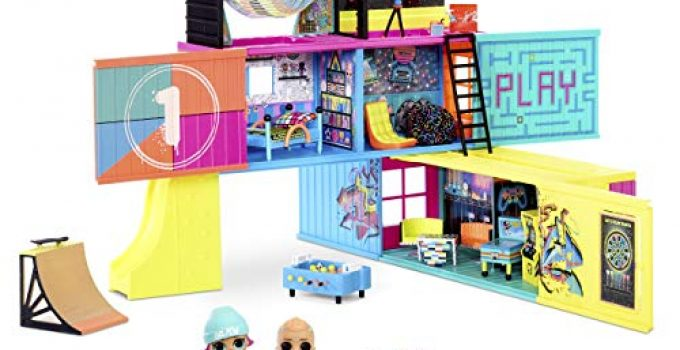 L.O.L. Surprise! Clubhouse Playset with 40+ Surprises and 2 Exclusives Dolls (569404E7C)